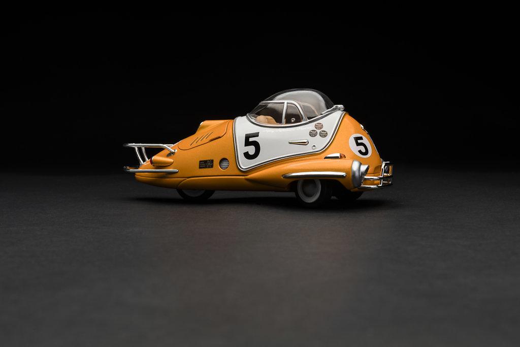 Racing-Flea-side-on-3525x2350px.jpg